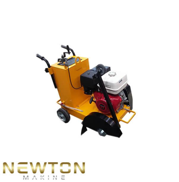 asfalt kesme makinası